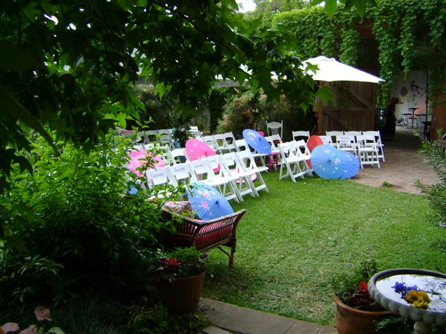 Private home garden wedding style