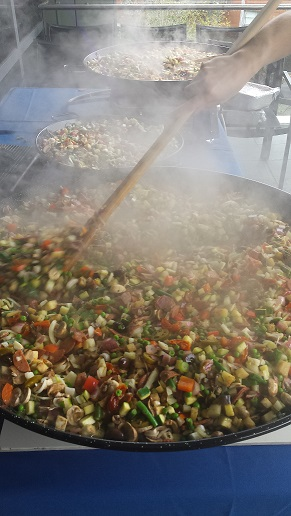 themed catering sydney paella food stations